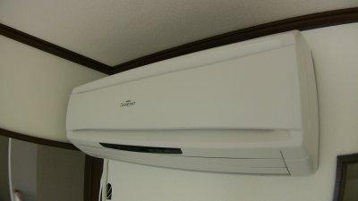 床暖房に付属するエアコン