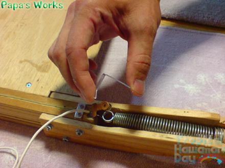 塩ビ版を曲げる装置