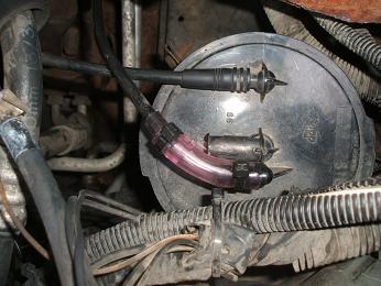 ガソリン 臭い 車