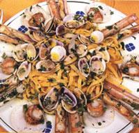 3種の貝のトレネッテ