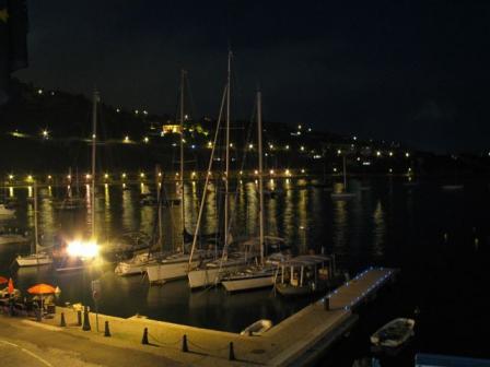ヴィルフランシュ夜の海
