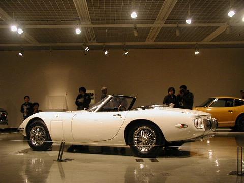 2010.3.21 『疾走する日本車』 at 福井県立美術館 002(トヨ2オープン S)
