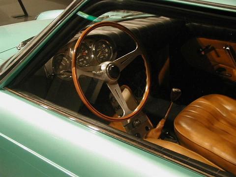 2010.3.21 『疾走する日本車』 at 福井県立美術館 007(日野コンテッサ900スプリント コクピット)
