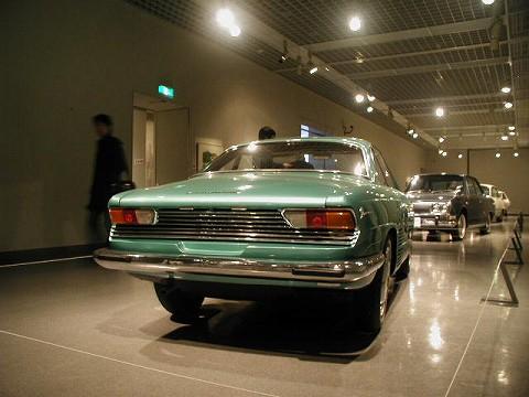 2010.3.21 『疾走する日本車』 at 福井県立美術館 009(日野コンテッサ900スプリント Rその2)