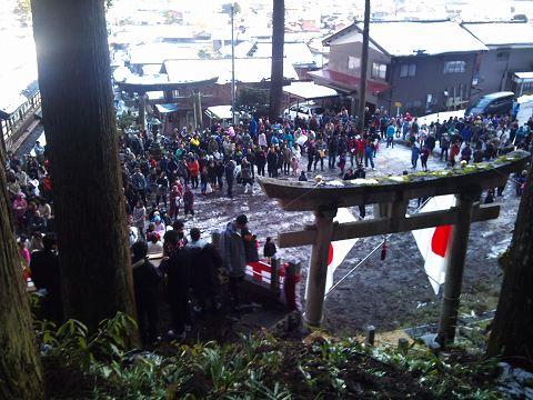 2012.01の画像01.08村のおこない2