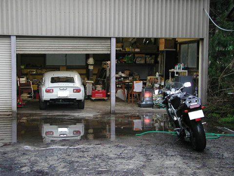 2010.3.16 久々の洗車? 003(3MAとエス)