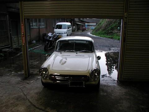 2010.3.16 久々の洗車? 004(ガレージ内からエス&3MA)