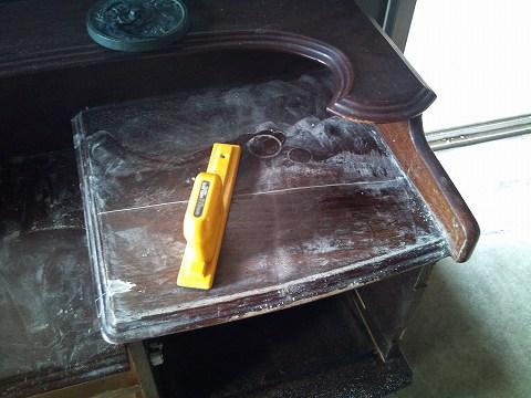 2012.01の画像01.12鏡台机の天板研ぎ