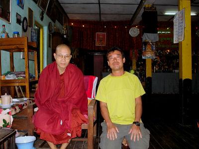 僧侶と.jpg