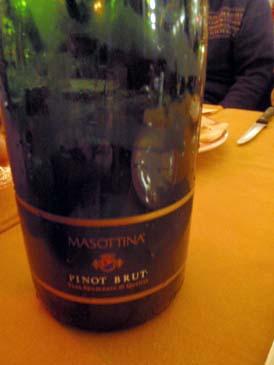 ミラノ夕食ワイン2
