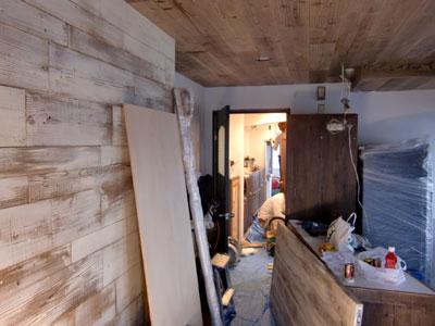 自慢の壁とキッチンカウンター