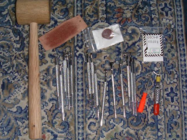 レザークラフトで使う基本的な道具