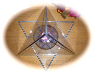 正三角錐ピラミッド