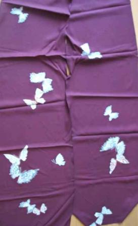 蝶柄の着物生地