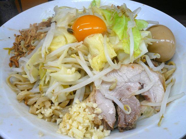 0330関内大汁なしニンニク少し野菜味つけ玉子.jpg