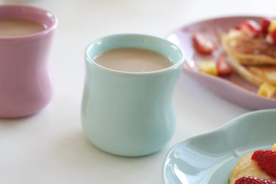 デンマークケーラーのマノカップで朝食4.jpg