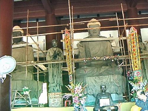 南山寺の仏像.jpg