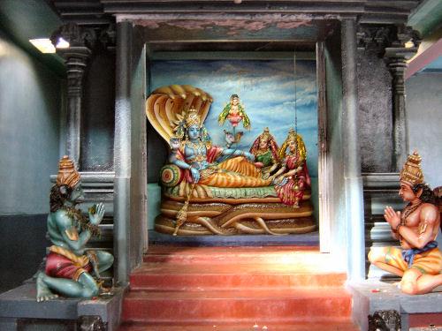 マータレーのヒンズー教寺院2.jpg