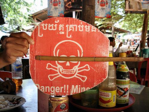 DANGER MINES2.jpg