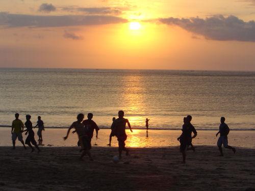 ジンバランの夕陽.jpg