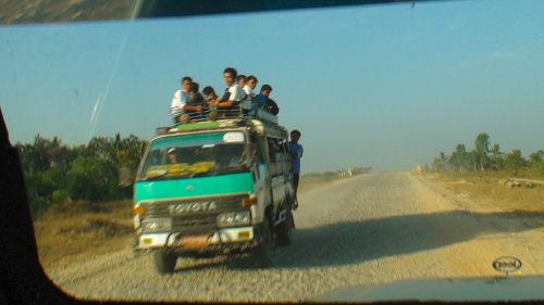 ヤンゴン郊外47.jpg