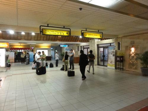 グラライ空港9番.jpg