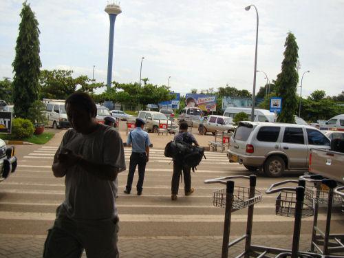 ワッタイ国際空港6.jpg