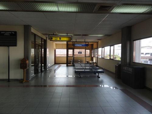 グラライ空港9番3.jpg