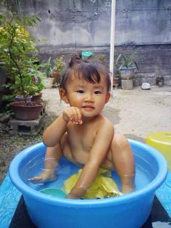 水浴び03