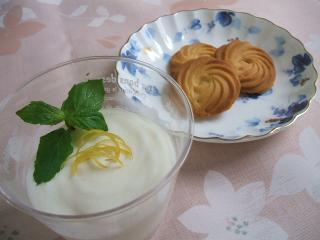 レモンムースとレモンクッキー♪