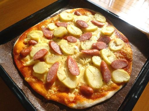 ガッツリ!!ジャーマンポテトピザ | 趣味の旅行とパン作り ...
