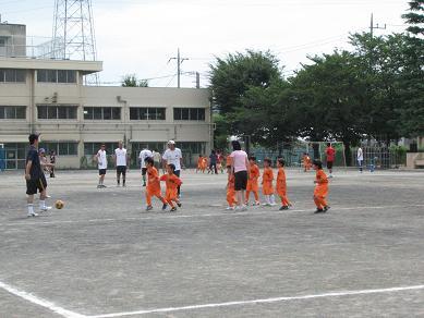 親子サッカー 1,2年生.JPG