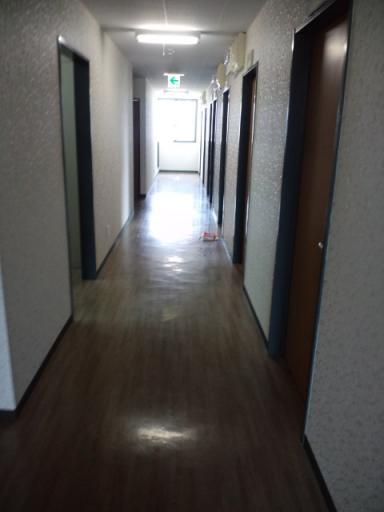寮の廊下 4階.jpg