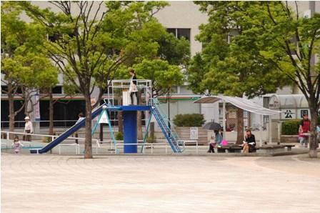 市役所前公園1 11.5.30