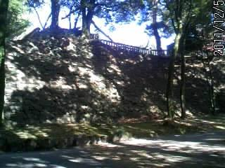 本丸を囲む石垣1