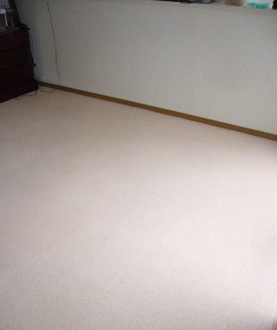 住宅用タイルカーペット、スマイフィール・アタック260の置き敷き工事完了