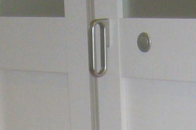 オプションの折れ戸の取っ手