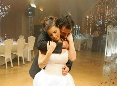 ケレンとマイケルはカリブ海に新婚旅行に行くはずが・・・!?