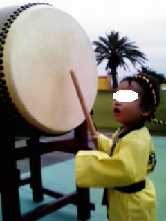 太鼓でドンッ♪.JPG