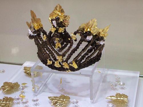 フェルベール 王冠