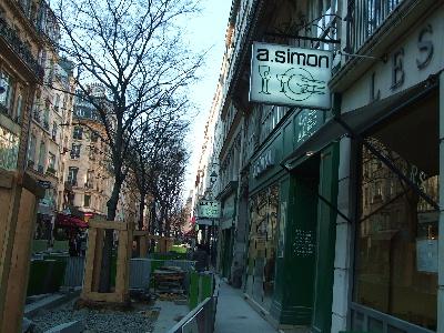 20070326 A.Simonの前の道(工事中)