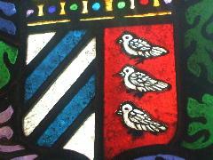 ステンドグラス 紋章の鳩