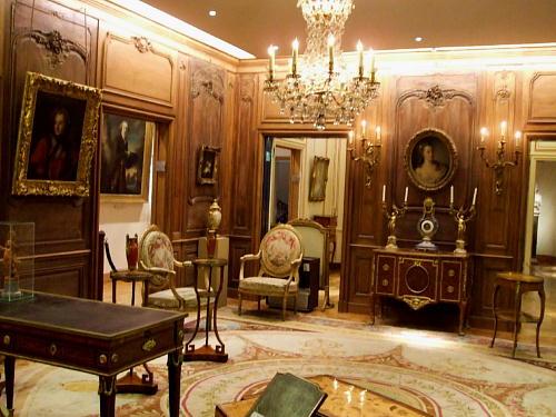 ドノン館 マリ・レクザンスカの肖像のある部屋