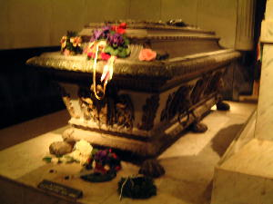 200406カプツィーナ霊廟エリザベートの棺
