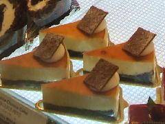 ブラウニーチーズケーキcut