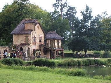 20060811 プチ・トリアノン 王妃の田舎家(アモー)1