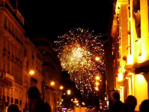 パリ祭の花火