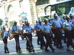 パリ祭 パレード