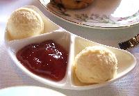 20061113 フォーシーズンズのクロテッドクリームとジャム