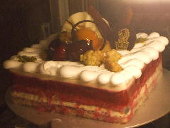 ラズベリーアールグレイケーキ